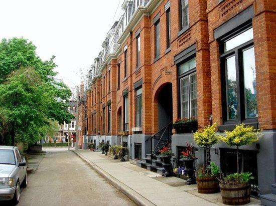 CozyToronto: Monteith Street