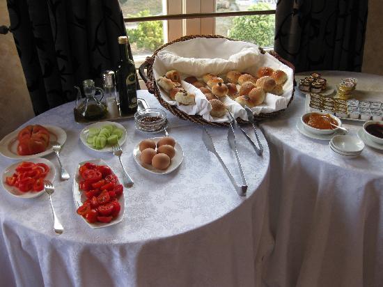 Luxury Manfredi Apartments: breakfast