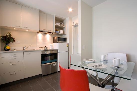 Proximity Apartments Manukau: The kitchen