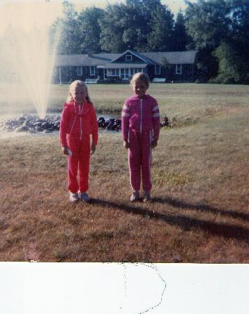 Fountain Point Resort: Me and a F.P. pal in front of the fountain (circa 1984)