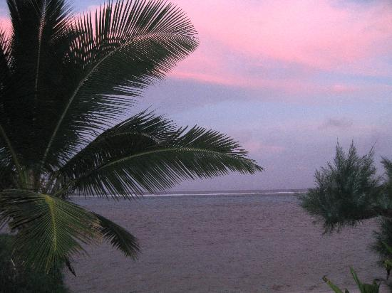 Rendezvous Villas: Sunset from the deck