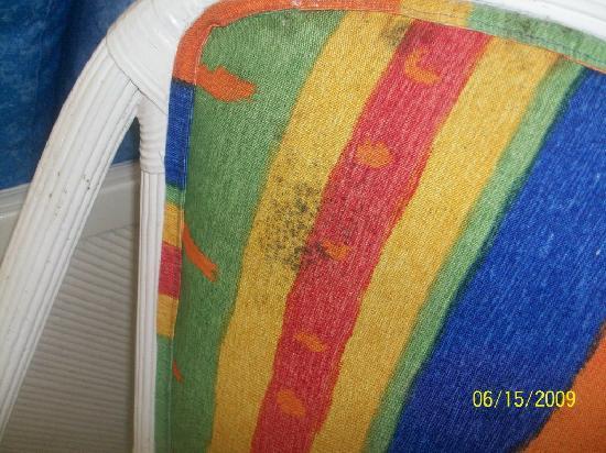 Sunset Royal Beach Resort: spot of mold on chair
