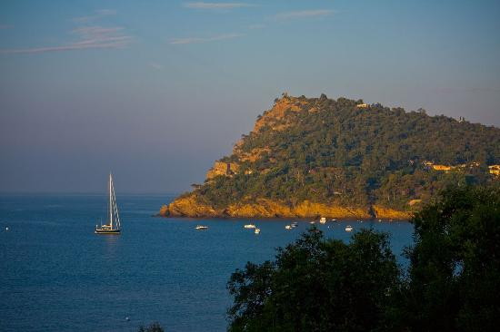 Rayol-Canadel-sur-Mer, France: Sunrise View