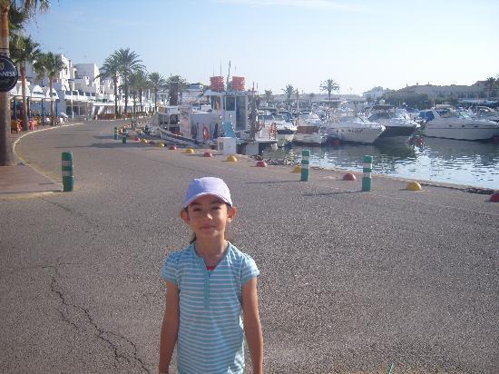 Zafiro Menorca: Lillie at Marina