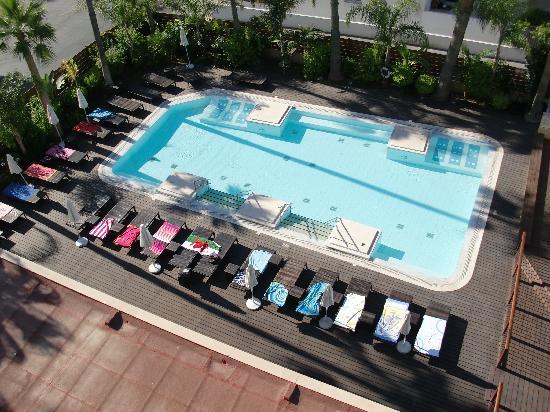 Atlantica Oasis Hotel: Adults pool