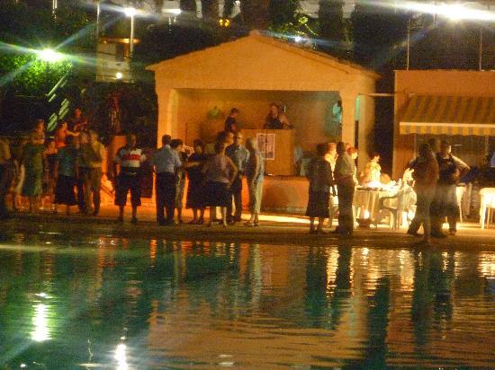 Hotel Helios Benidorm: Spanish Dancing