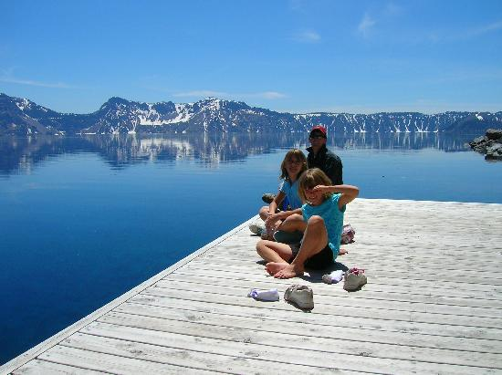Mazama Village Motor Inn: Down by the lake sitting on the dock