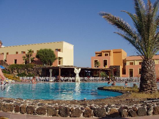 Hotel Village Suvaki : La tranquillità della piscina