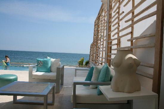 DCO Suites, Lounge & Spa : vista desde el bar