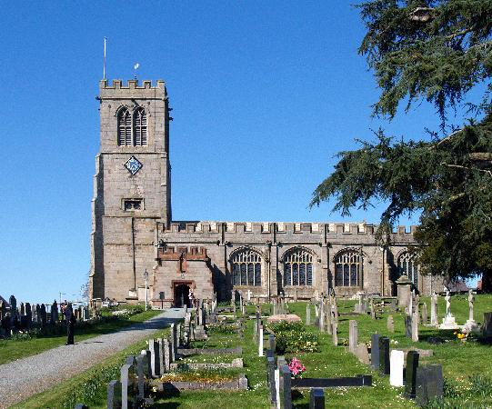 Флинтшир, UK: The church at Hanmer, Flintshire
