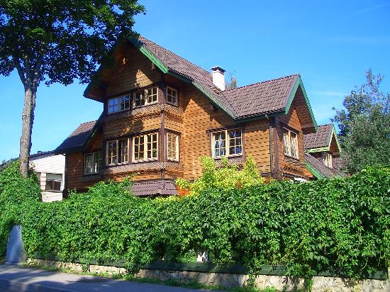 Homestay  Riga: sunny morning