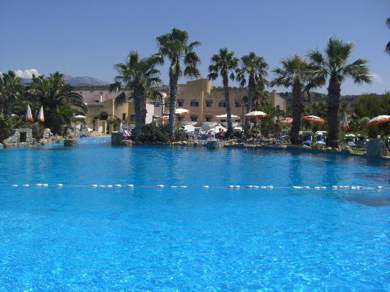 Hotel Club Plaia d'Himera: piscine