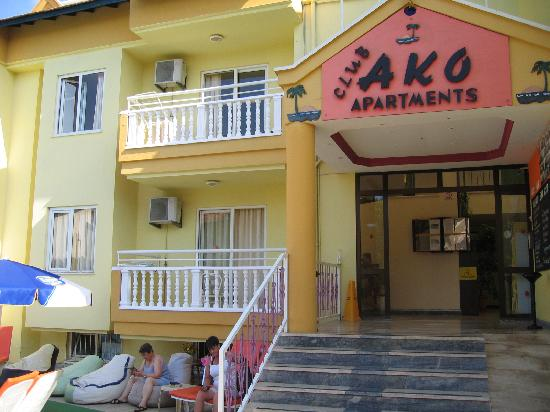 Club Ako Apartments: front view