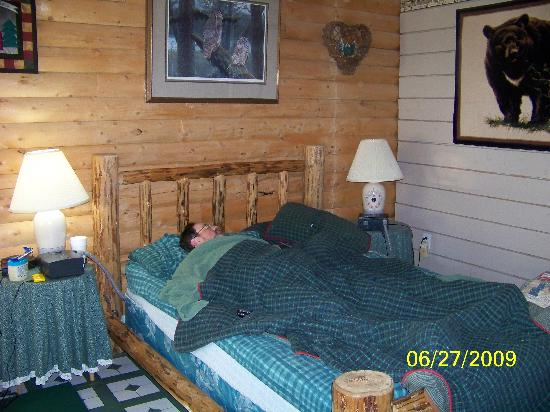 Allens Alaska Adventures: My hubby, cozy in the cabin
