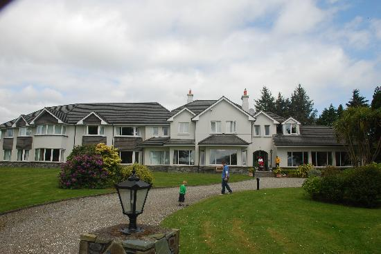 Loch Lein Country House : The Hotel