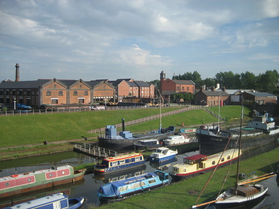 Ellesmere Port, UK: Boat museum