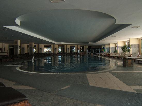 Delphin Palace Hotel: indoor pool
