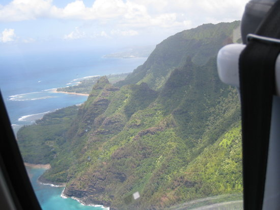 Sunshine Helicopters Lihue : One of the views of Na'Pali