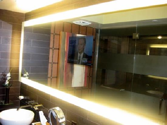 Golden Nugget Hotel  Bathroom smart mirror. Bathroom smart mirror   Picture of Golden Nugget Hotel  Las Vegas
