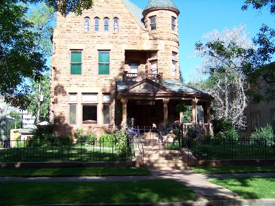 Capitol Hill Mansion Bed & Breakfast Inn: Beautifully Kept-& extremely clean