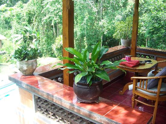 Kajeng Bungalows: Pay the premium for the private balcony rooms
