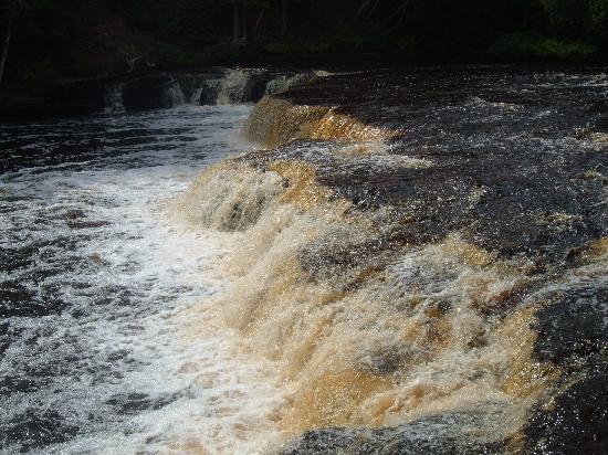 Tahquamenon Falls State Park: Lower Falls