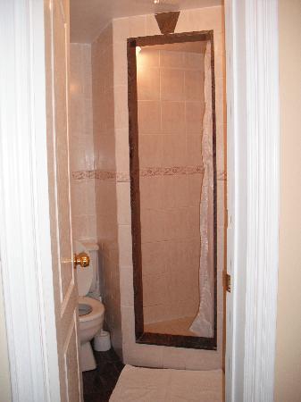 Korcula Royal Apartments: bathroom