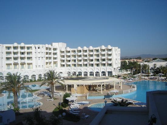 El Mouradi Hammamet: vista piscina desde habitacion