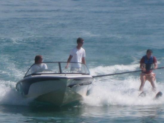 Nea Skioni, Grækenland: Waterskiing