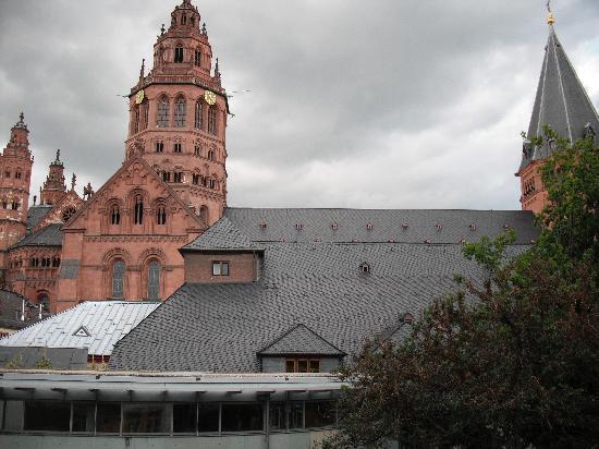 Hof Ehrenfels: view from window