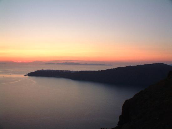 Grace Santorini Hotel: sun set