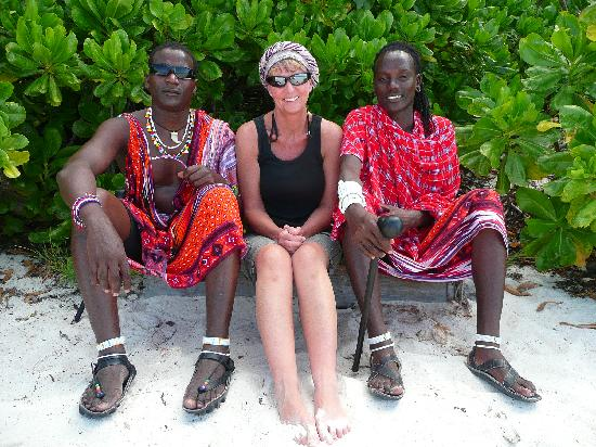 Pongwe Beach Hotel: friendly masai guards working at Pongwe beach resort