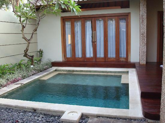 Grand Akhyati Villas and Spa: pool