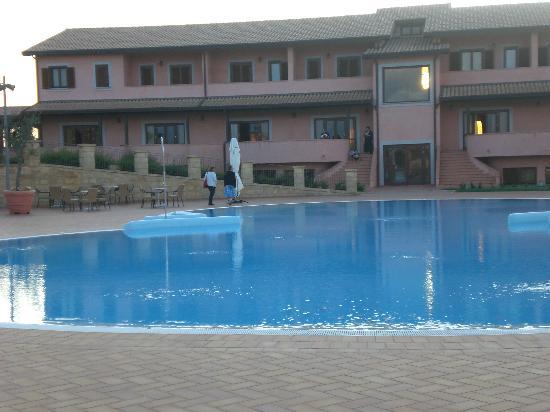 Maierato, Italia: la piscina