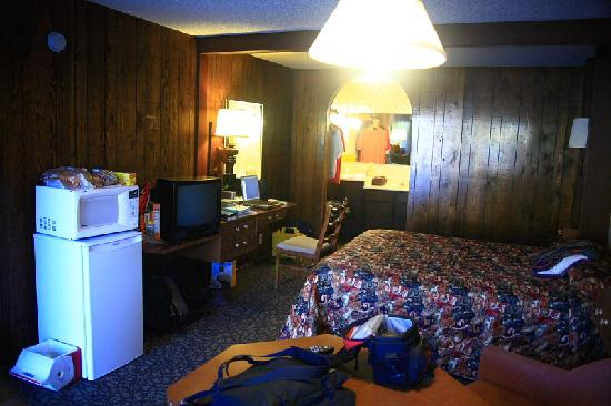 Village Inn Motel: Inside the room