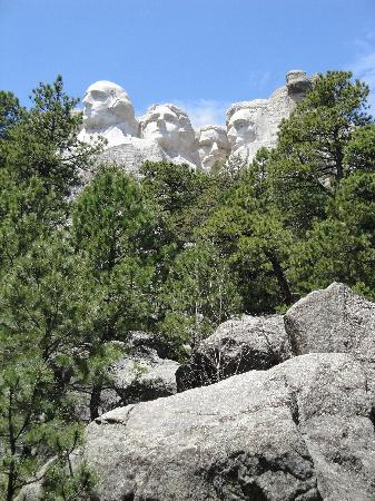 Mount Rushmore National Memorial: Plenty of views of the monument are available