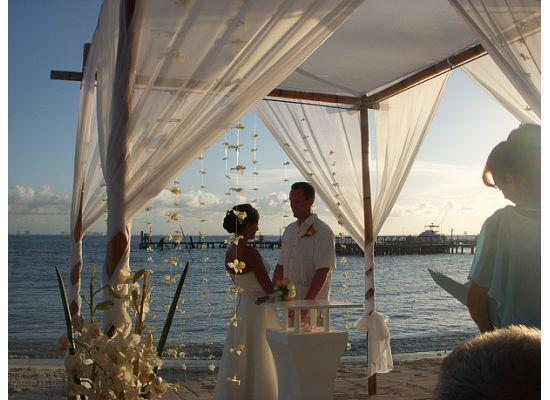 Isla Mujeres Palace: Wedding