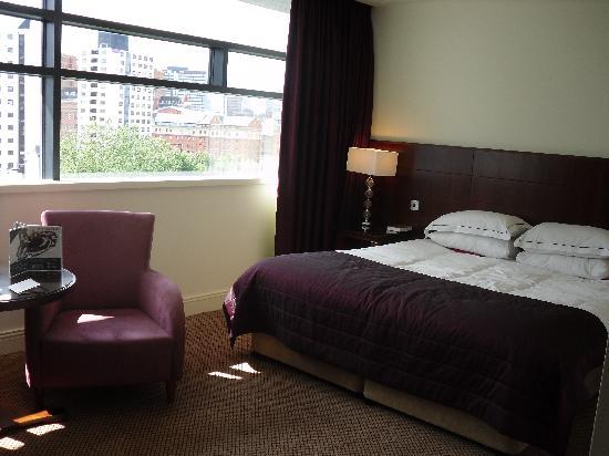 Macdonald Manchester Hotel & Spa: Bedroom