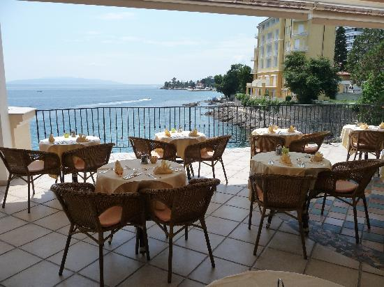 Hotel Miramar: Breakfast / Restaurant Terrace