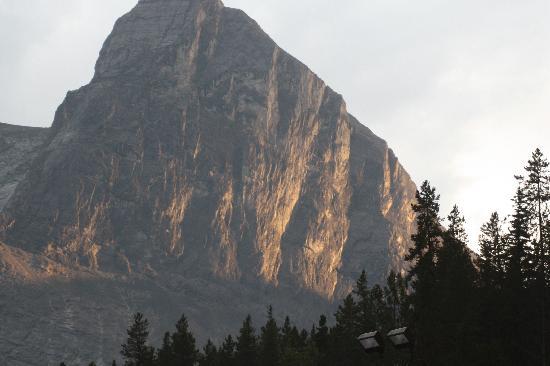 Canmore Nordic Centre Provincial Park: Ha Ling Peak