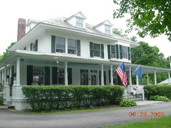 The Whitney House Inn: very well maintained