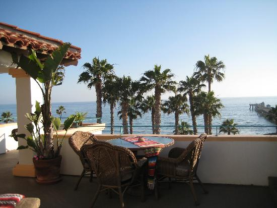 Casa Tropicana: The Patio and view with our Room