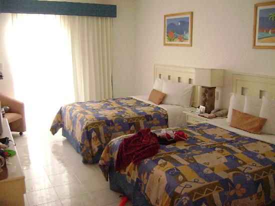 Holiday Inn Cancun Arenas : my room con seaview