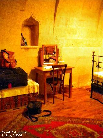 Esbelli Evi: room 4
