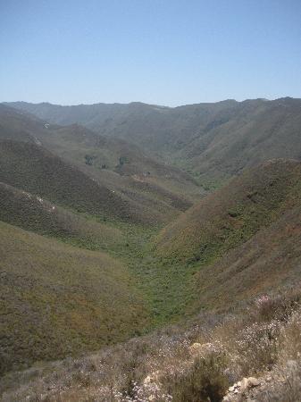 Montana de Oro State Park: hills pointing towards valencia peak