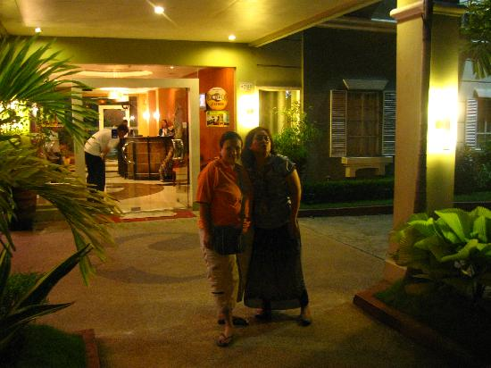 Hotel Camila Dipolog: showing the frontage