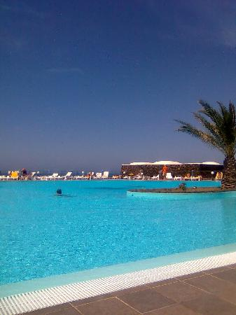 Hotel Village Suvaki : piscina