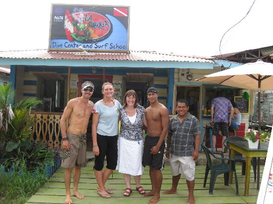 Pueblo de Bocas, Panamá: The crew at La Buga (I'm the one in the skirt)