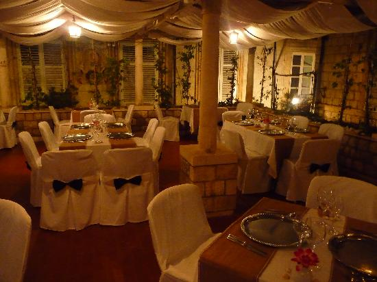 Restaurant Dubrovnik: The setting