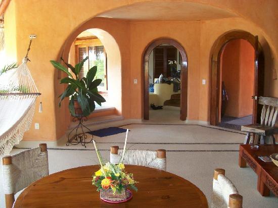 Villa Carolina Hotel: Suite Living Room